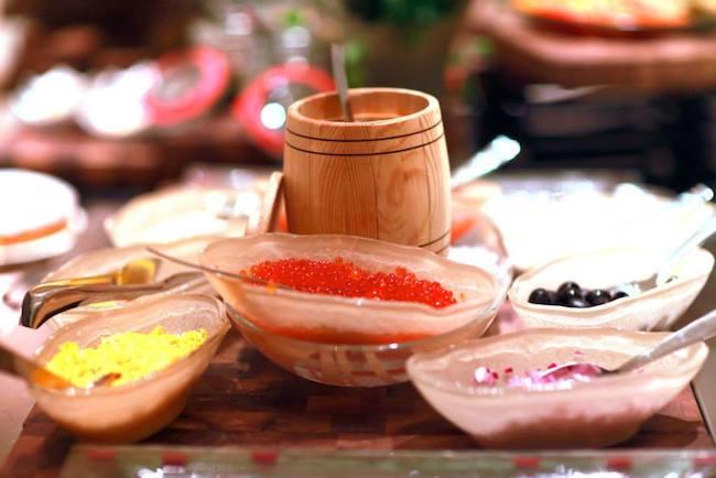 Красная икра присутствует в нескольких видах
