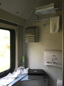 Ванная с окном не у всех и дома есть