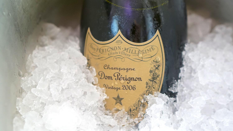 Любимое шампанское Джеймса Бонда: с чем его надо пить