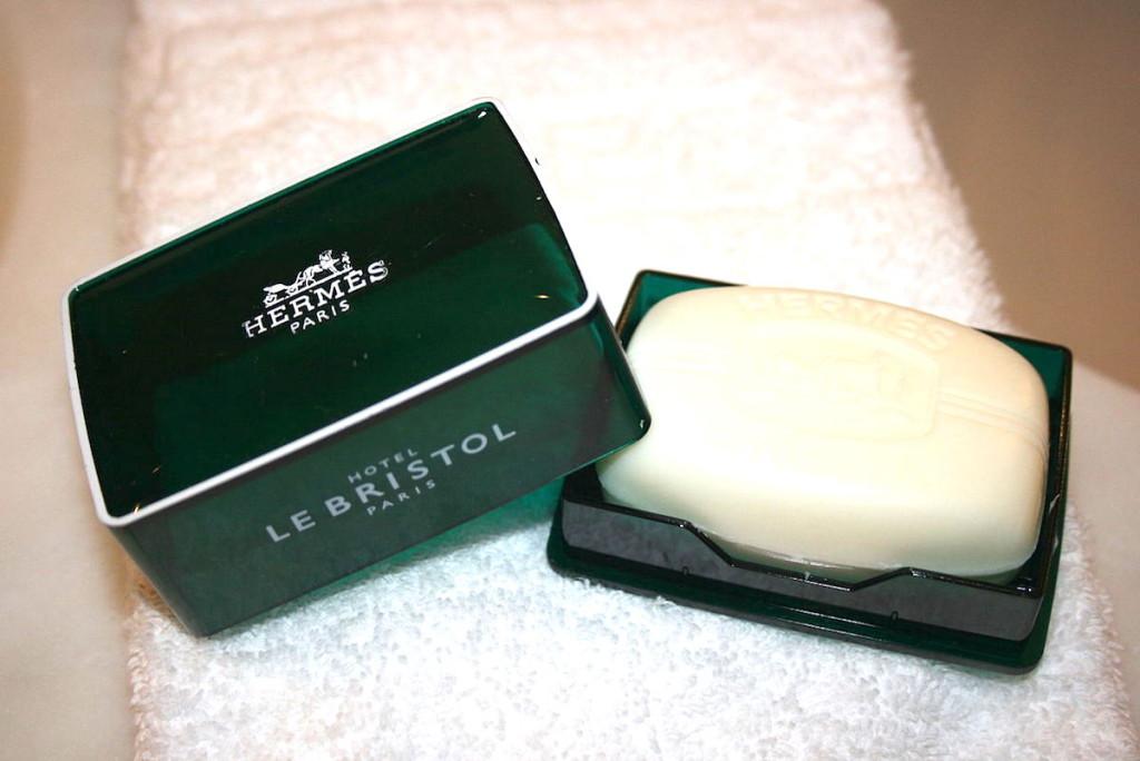Hermes_soap_at_Le_Bristol_Hotel,_Paris_August_2010
