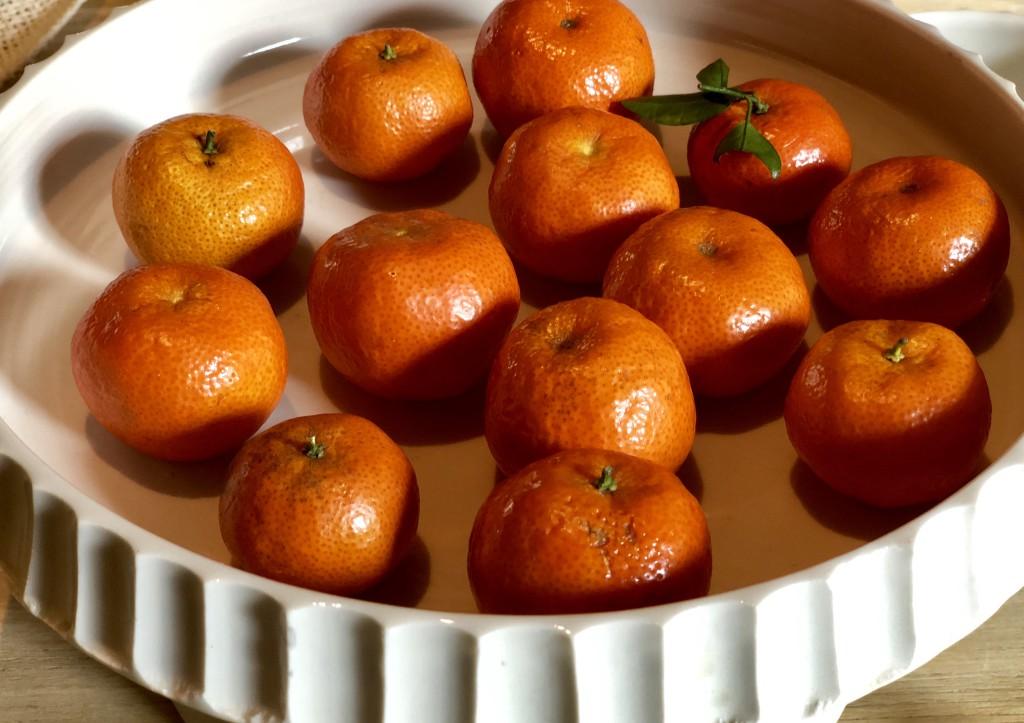 Особо маленькие и сладкие мандарины мы забрали с собой