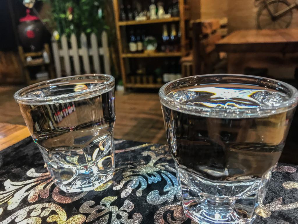"""""""Нет, русские не пьют водку такими маленькими стаканами"""""""
