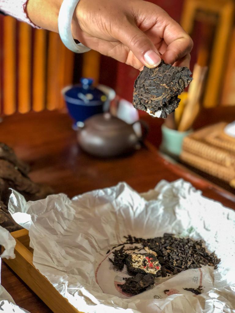 Этот чай собирали, когда Костя получал свой гарвардский диплом