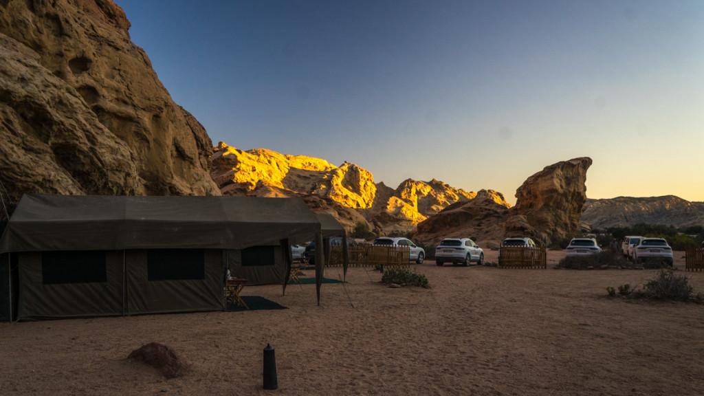 Закат в лагере