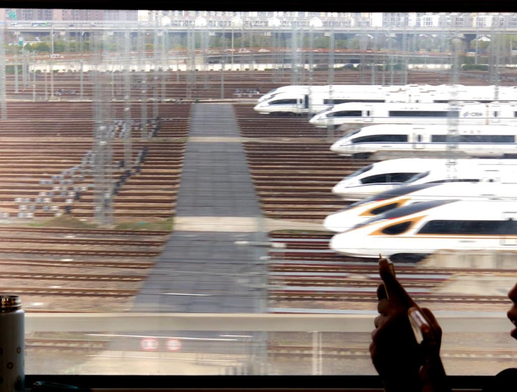 Локомотивы  сверхбыстрых поездов