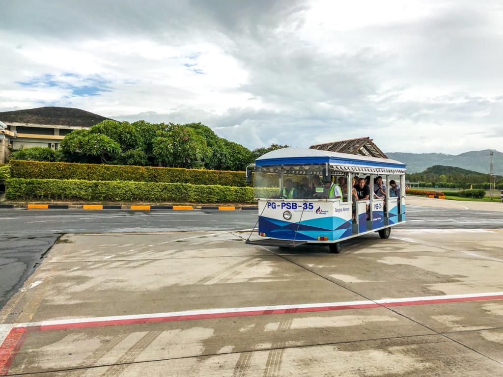 Автобус к самолету