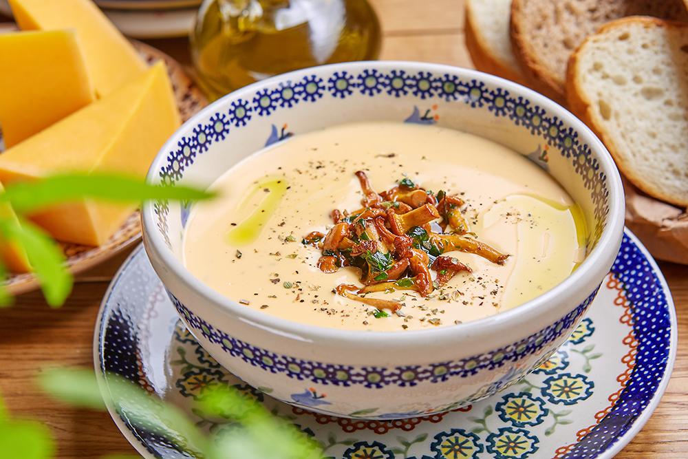 Сырный суп с лисичками