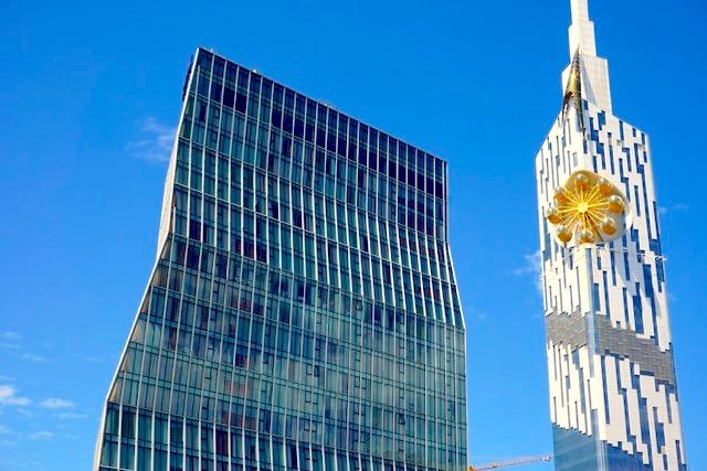 Батуми, день 1: отель в часовой башне и центр города