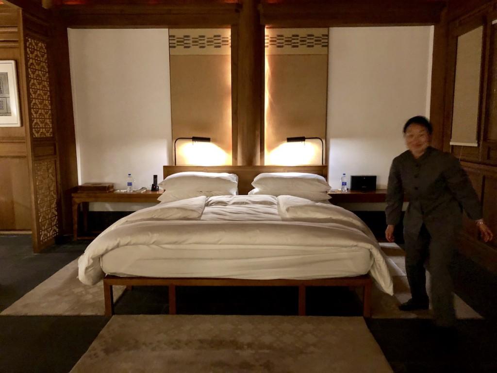 так выглядит неподоткнутая кровать
