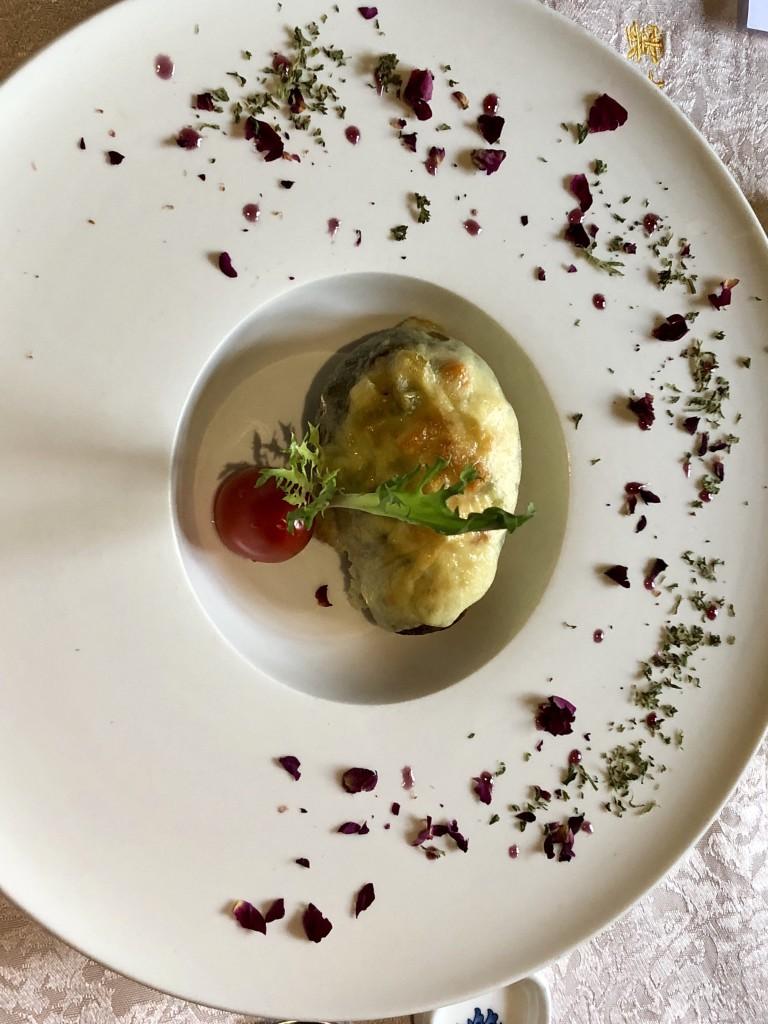 Авокадо, запеченное с сыром