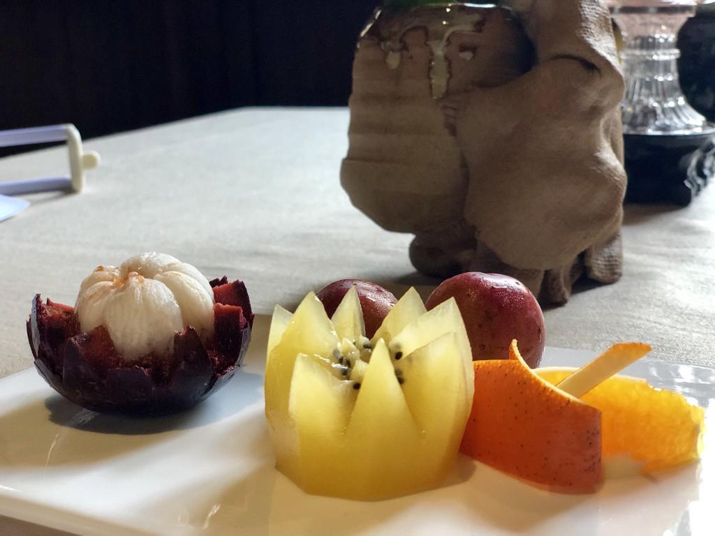После десерта: фрукты