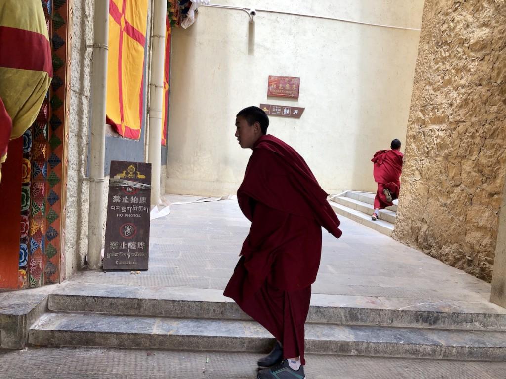 Мне очень повезло: я оказалась в монастыре, когда все монахи были на месте и молились