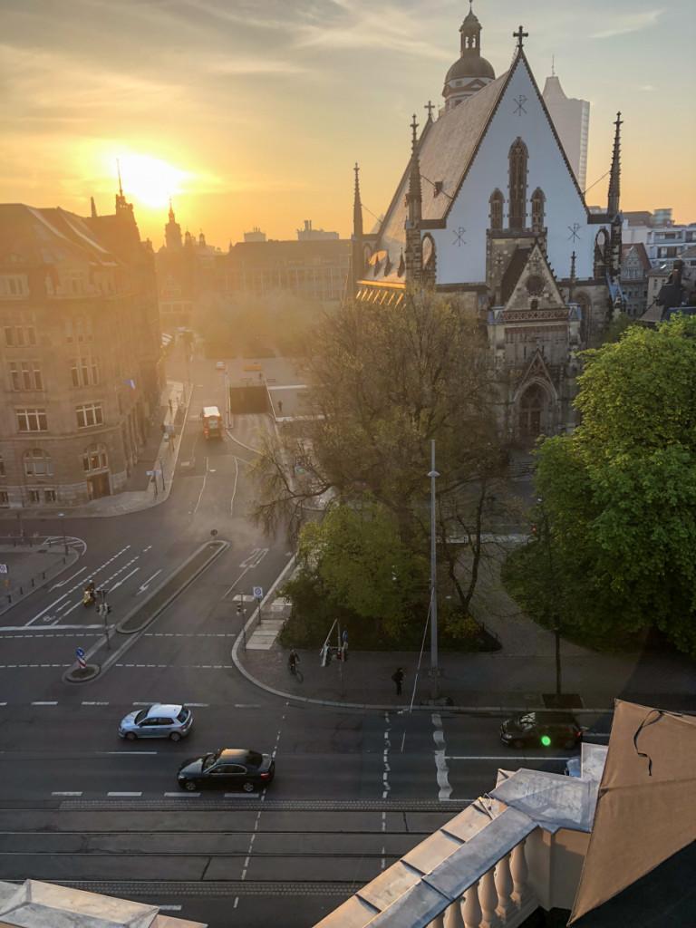 Вид на церковь св. Фомы с террасы отеля Melia
