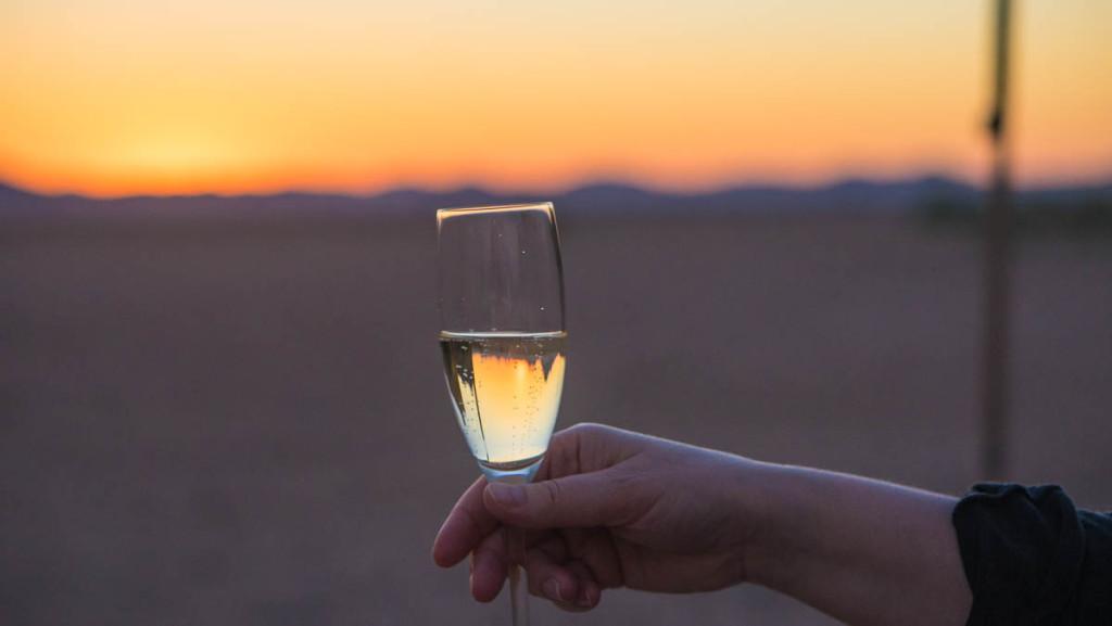 По традиционному шампанскому методу,  игристое из ЮАР