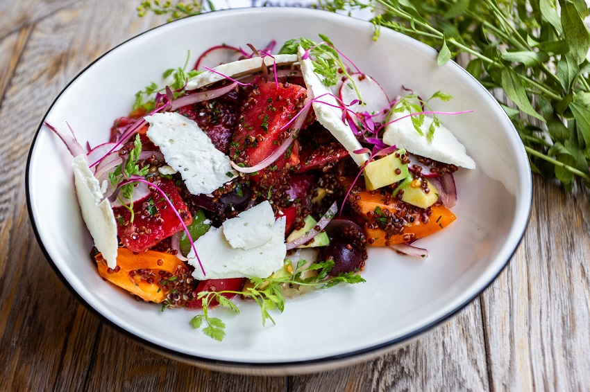 Салат из томатов с арбузом